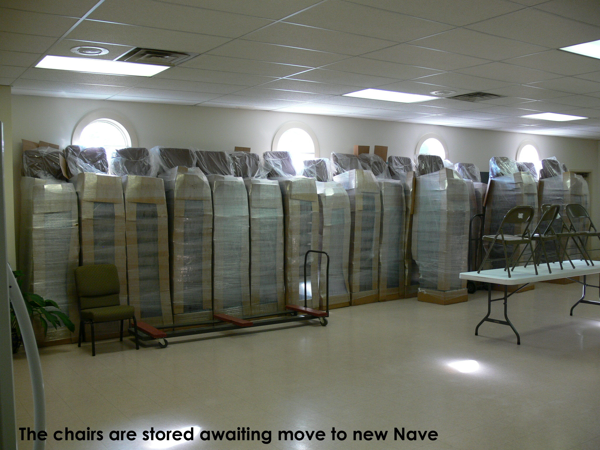 10-chairs-being-stored